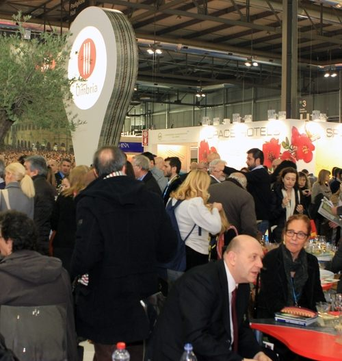"""L'Umbria alla """"bit"""" di Milano: un """"nuovo corso"""" fra apps, social network ed enogastronomia"""