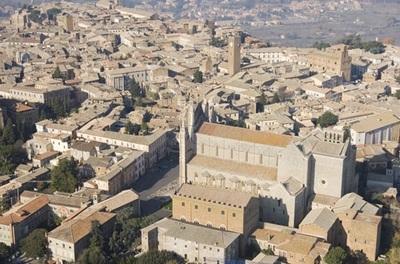 Via il minibus Piazza Cahen – Duomo?