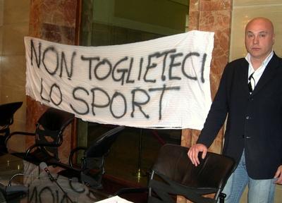 Provincia. Approvato il rendiconto di bilancio 2012. Sacripanti protesta per la chiusura degli impianti sportivi