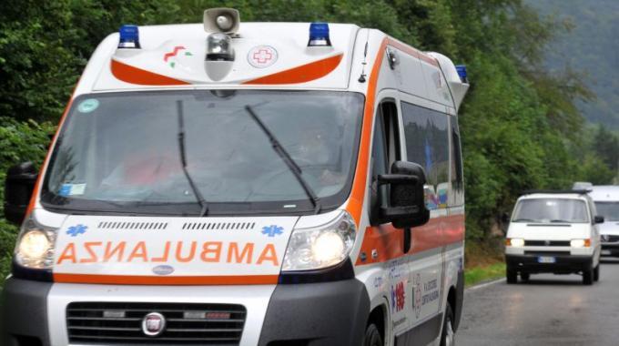 FLASH – Operaio 34enne muore folgorato