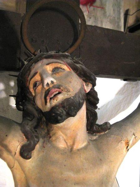 San Venanzo, statua del Cristo Morto in giro per il paese su veicolo per celebrare il Venerdì Santo
