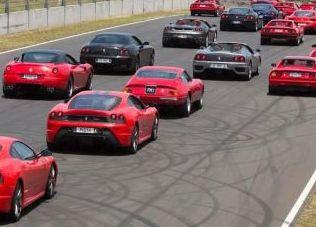 """Oggi  la Città di Orvieto ospita la """"Ferrari Cavalcade"""", uno dei più importanti eventi organizzati da Maranello su scala mondiale"""