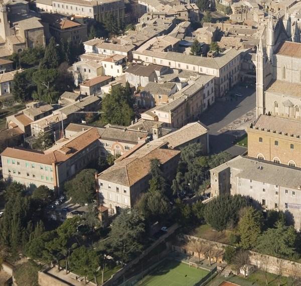 La Regione vende l'ex ospedale a quattro soldi: 2milioni600mila euro
