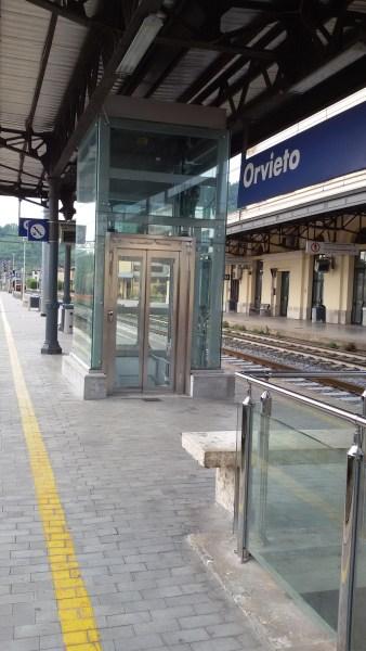 Attivo nuovo ascensore a servizio binari 2 e 3 a Orvieto scalo