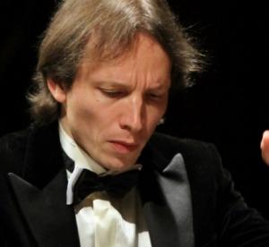 Il concerto del M° Roustem Saitkoulov  raccoglie successo e diviene un esempio