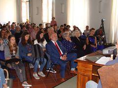 Quattrocento studenti studiano il metodo scientifico in memoria di Luca Coscioni
