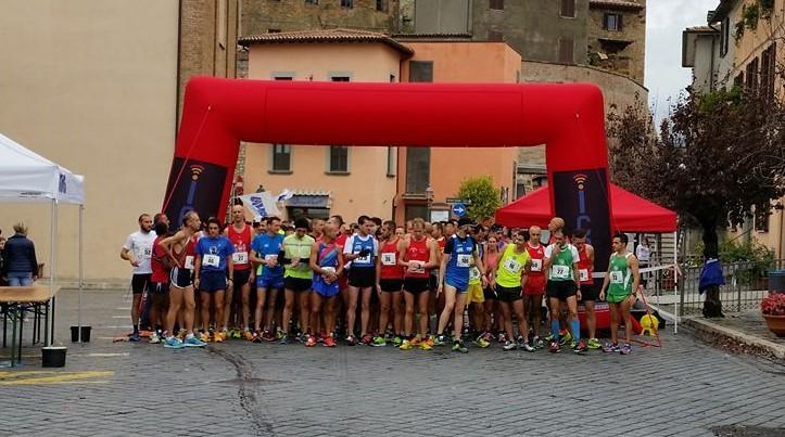 Il mal tempo non ferma la 6° Maratonina di San Martino di Fabro