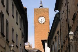 """""""La Torre sotto la luna"""". La Torre del Moro aperta fino a tarda notte sabato e domenica"""