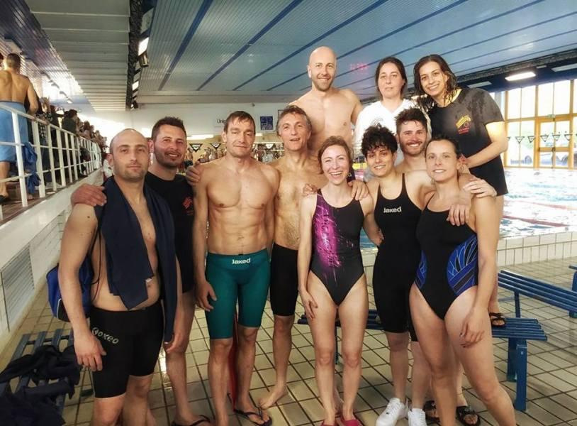 """""""Il nuoto non affonda"""" Sport e solidarietà al 4° Trofeo Civitanova Marche"""
