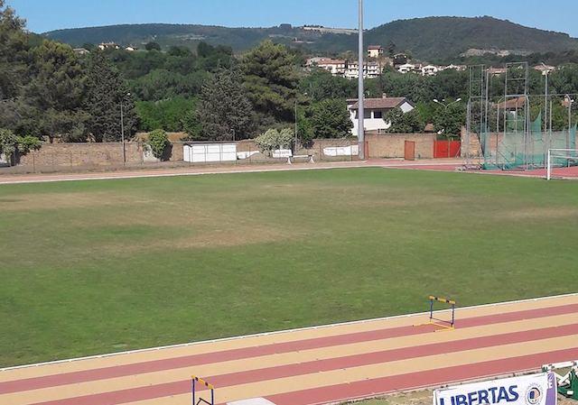 """Stadio Muzi, Fatone: """"un campo di patate"""". L'amministrazione elenca gli interventi conclusi e quelli in divenire"""