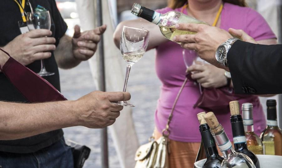 Gemellaggio Wine Show e Due Mari Wine Fest: Todi e Taranto uniti nel segno del vino