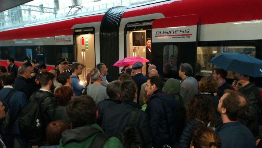 Binari allagati a Orte e guasto a Orvieto, caos treni con ritardi superiori a un'ora