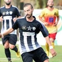 L'attaccante Matteo Verri veste la maglia gialloblù della Vigor