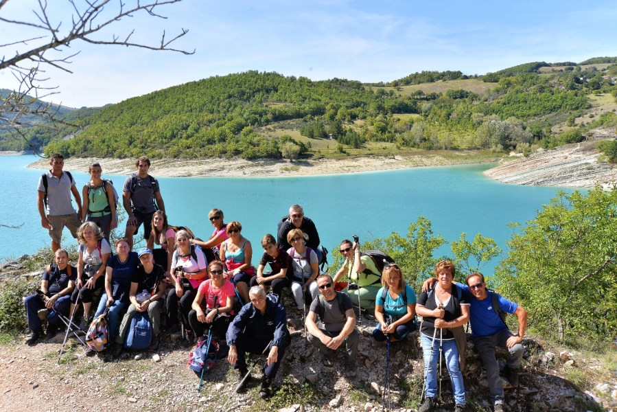 In gita al Lago di Fiastra e alle Grotte di Frasassi con la parrocchia di Allerona e Castel Viscardo