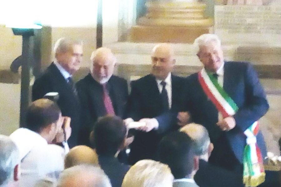 Il presidente Mattarella conferisce a Omero Cerrini Il Cavalierato della Repubblica