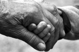"""""""Non lasciamo nessun da solo"""", raccolta fondi per aiutare l'assistenza domiciliare ai più fragili"""