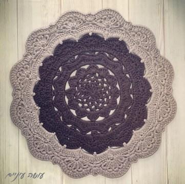 Snorka crochet doily rug pattern - by Osa Einaim    דוגמת סנורקה - שטיח דויילי מחוטי טריקו - עושה עיניים