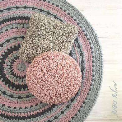 עושה עיניים - כריות לופים סרוגות || Osa Einaim - Crochet Loop stitch pillows