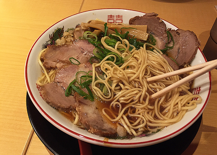 【大阪ラーメン紀行】尾道ラーメン十六番 食レポ 口コミ レビュー