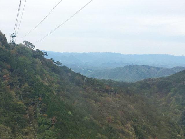 六甲有馬ロープウェイから見える山の景色