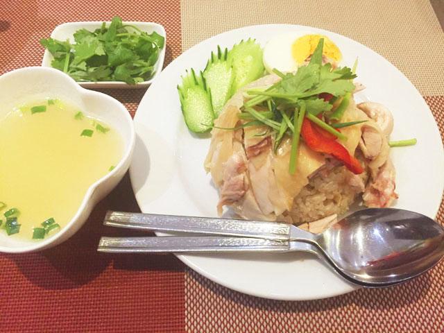 タイキッチン・カオマンガイのカオマンガイ