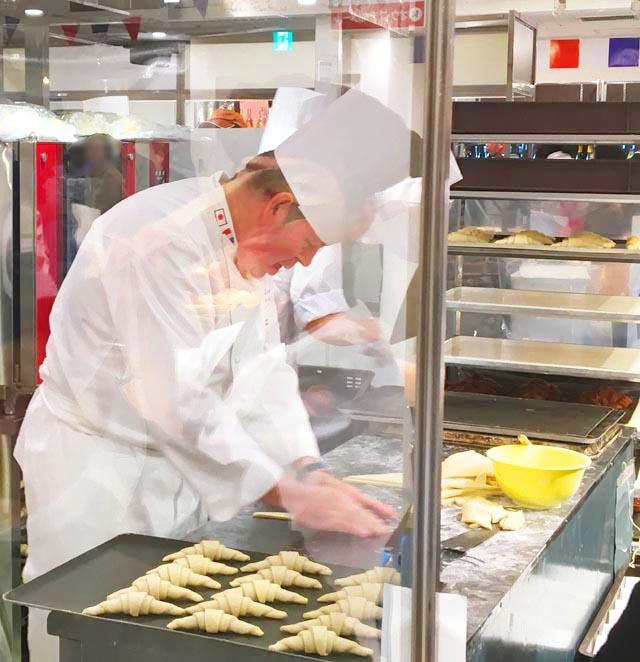 オルヴァンダンタン,パスカル・バリヨン氏がパンを作っている様子,フランスフェア2019,阪急百貨店,