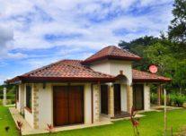 casa trogon villa front