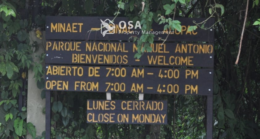 manuel antonio national park sign