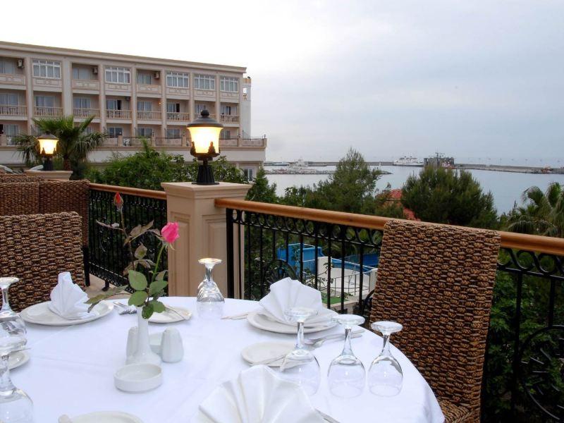oscar resort hotel terrace restaurant