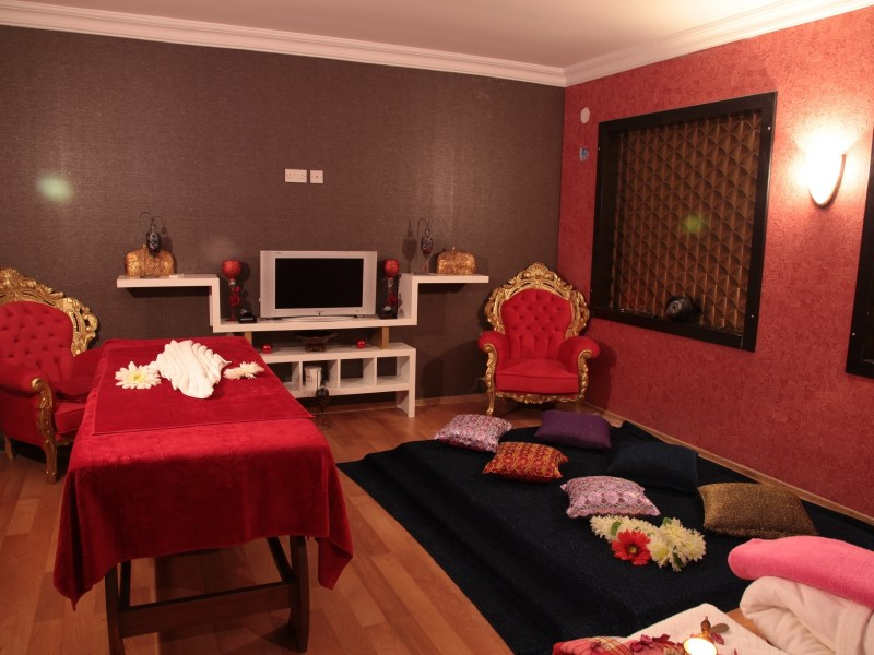 wellness-private-massage-room