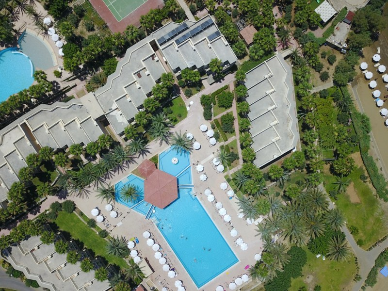 oscar_resort