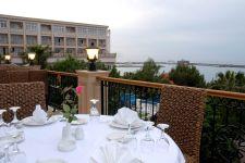 oscar hotel restaurant terrace