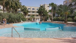 oscarresort hotelpool area