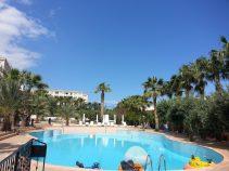 oscar resort hotel wave pool