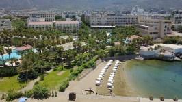 oscarresort-hotel-beach