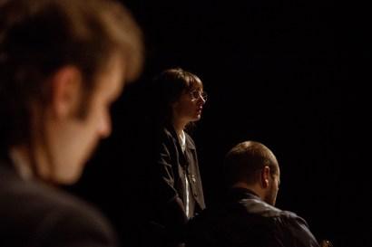 No Limit, Répétitions au Grand Palais, Paris. Mise en scène Robin Goupil assisté par Arthur Cordier. Laurène Thomas, Augustin Passard & Théo Kerfridin.