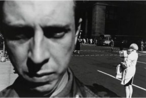 lee_friedlander 20(self-portrait)