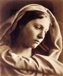 Julia_Margaret_Cameron_oenf_97_mary_mother_by_julia_margaret_cameron