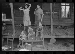 Floyd Burroughs and Tengle children, Hale County, Alabama walker evans