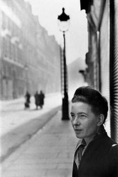 Simone de Beauvoir, Paris 1946 Henri Cartier-Bresson