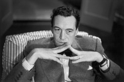1947 John Huston, New York. Henri Cartier Bresson