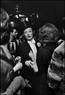 USA. New York, New York. 1959. Marlene DIETRICH at the April in Paris Ball at the Waldorf Astoria Hotel.Elliott Erwitt