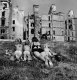 Ernst_Haas_sunbathers