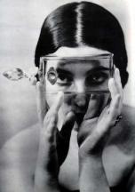 alexander-rodchenko-portrait-au-flacon-1930