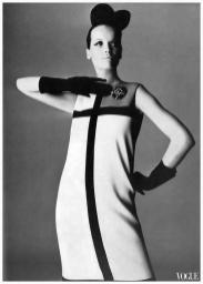irving_penn_oscarenfotos_veruschka-new-jersey-geometry-ysl-photo-irving-penn-1965-sept-vogue-uk