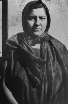Tina Modotti. Mujer con pañuelo en la cabeza, Tehuantepec. (1929)