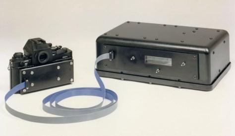 McGarvey tomó la precaución de mandar hacer una foto de la Electric Optical Camera antes de entregarla.