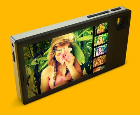 kodak_instamatic_2014_smartphone_back