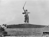 Dmitry_Dimitri_Dmitri_Baltermans_Mamayev_Hill_Mother_Russia_1952