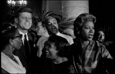 Garry_Winogrand_5.John-F.-Kennedy-Democratic-National-Convention-Los-Angeles_Winogrand_13